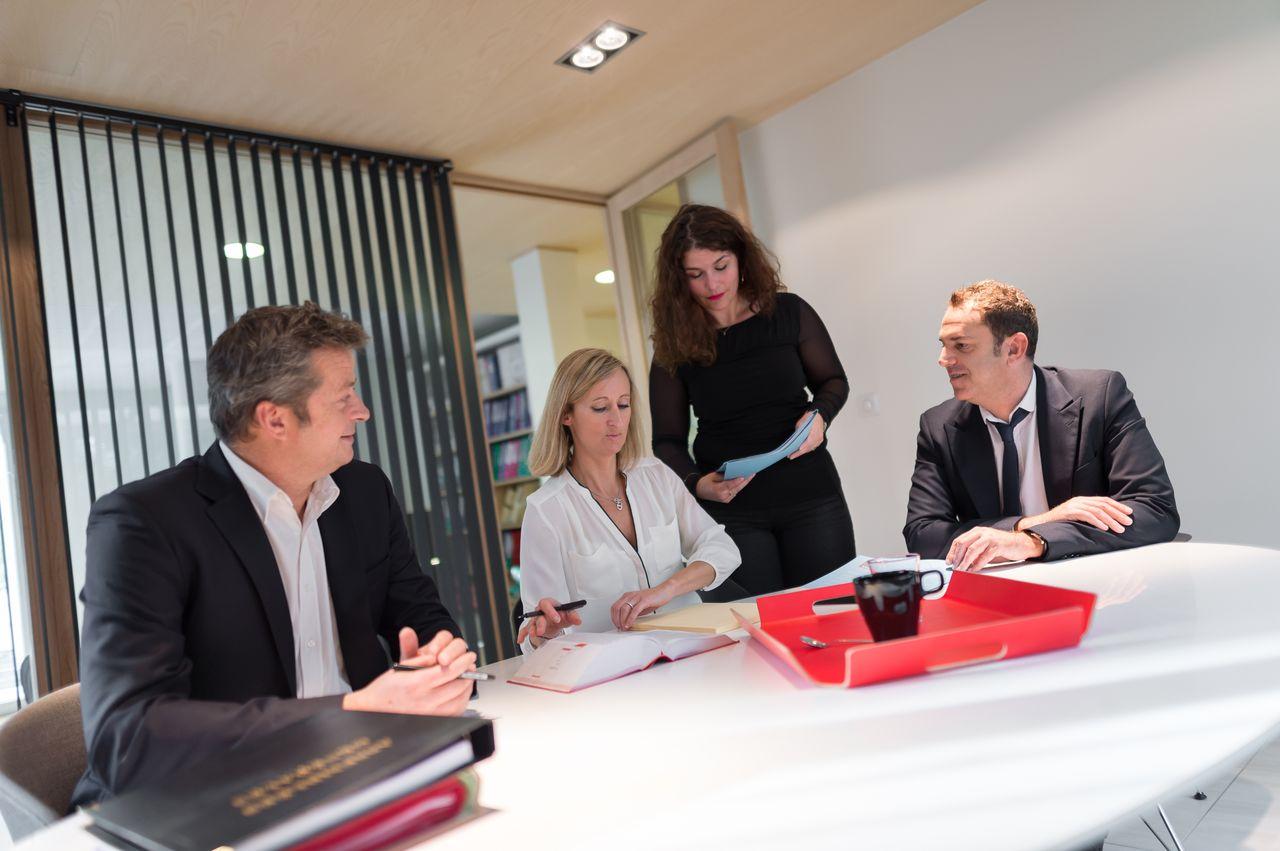alpha conseils cabinet d 39 avocats sp cialiste en droit des affaires. Black Bedroom Furniture Sets. Home Design Ideas